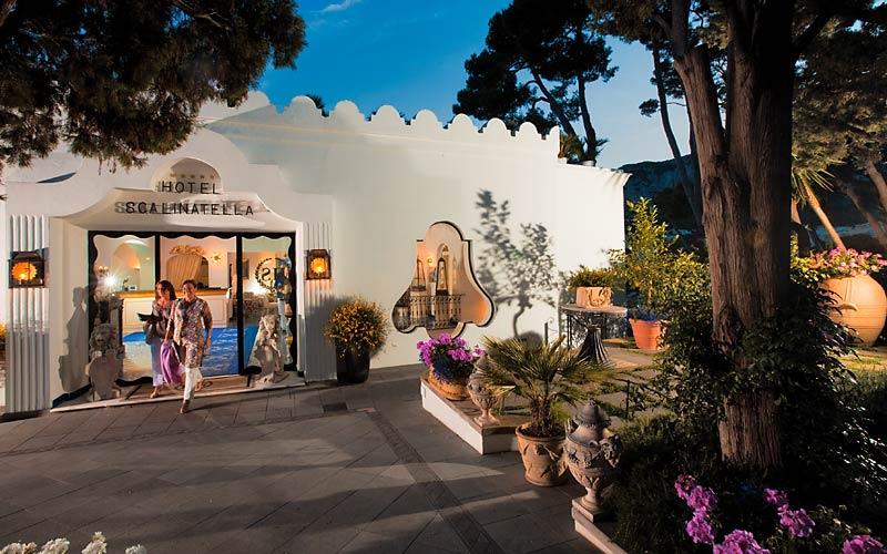 La scalinatella hotel capri 5 star hotel in capri italy for Boutique hotel capri